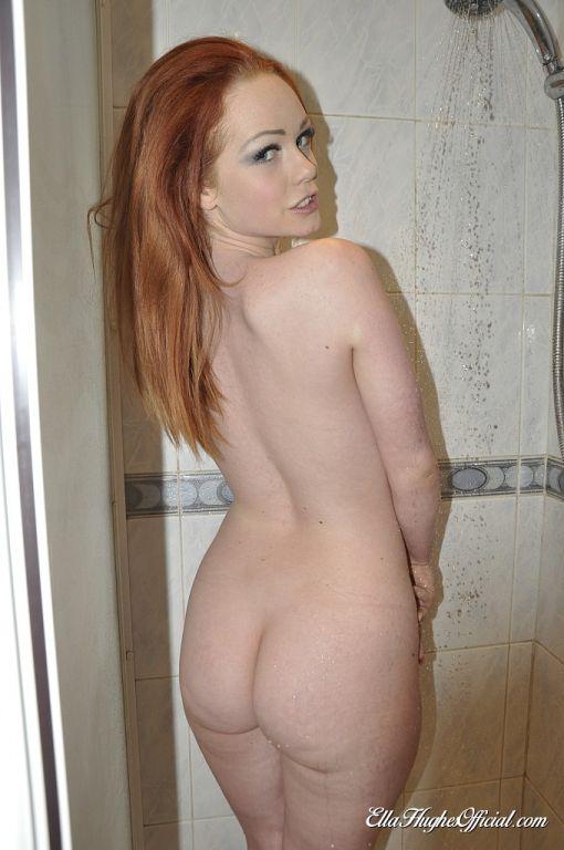 Hot redhead babe Ella Hughes takes a relaxing show