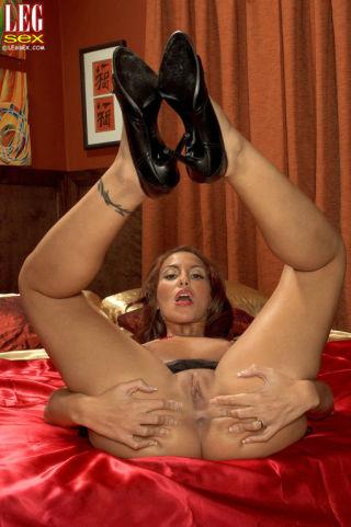 sex Adriana Deville beautiful feet