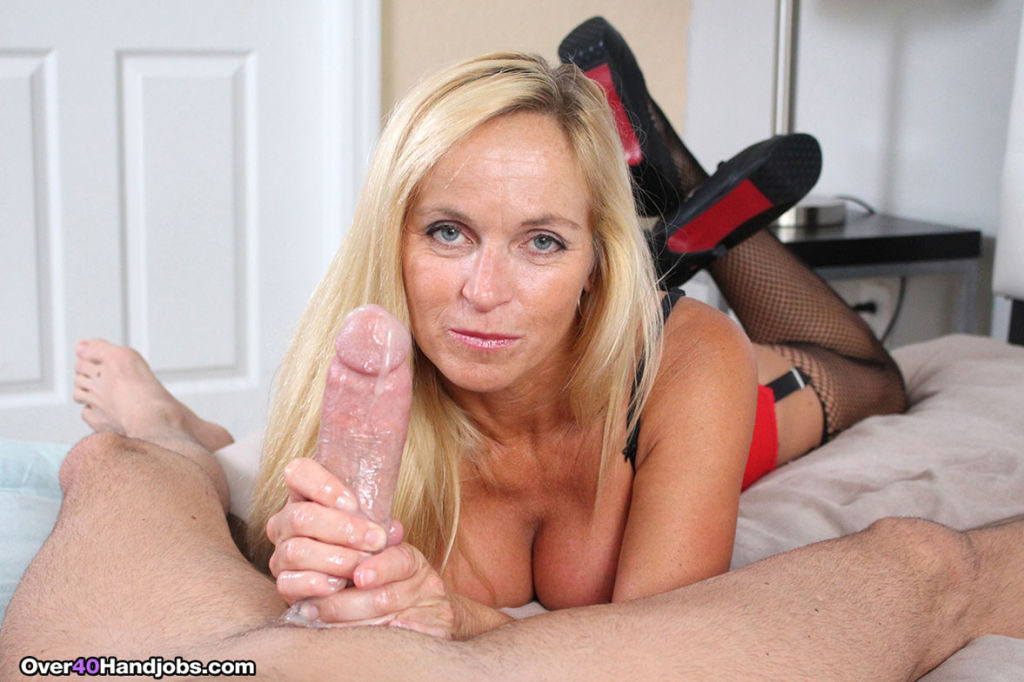 Drity blond milf Dani Dare makes huge cock to squi