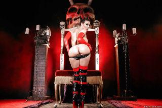 Kinky cosplay model Rachel Starr modeling hell lat