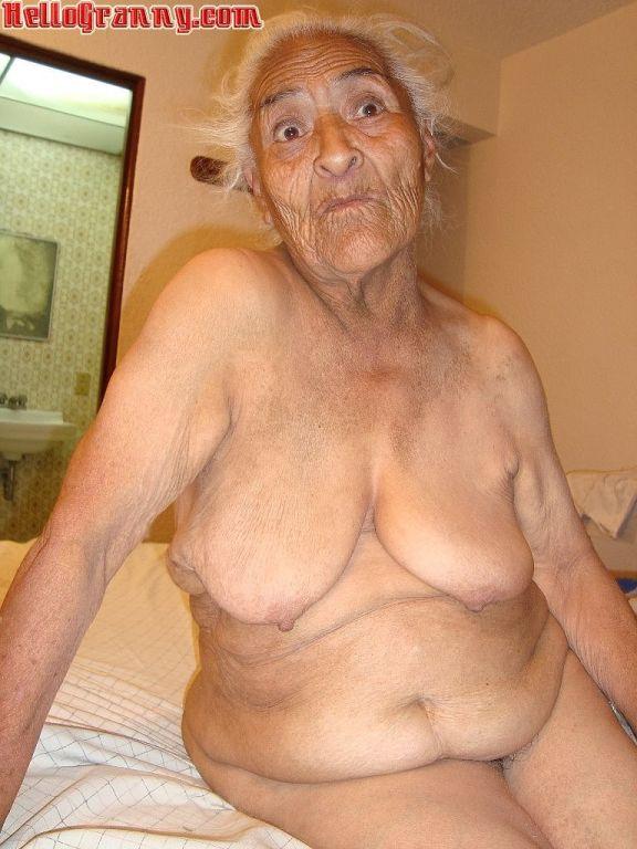 Big grannys boobs