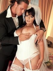 Busty Bride Arianna Sinn takes a hot sex ride