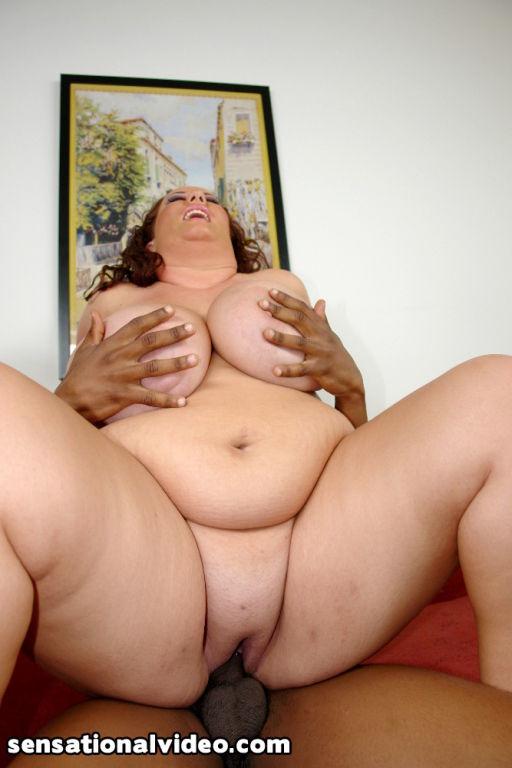 Busty BBW Rose Valentina Swallows Black Cock
