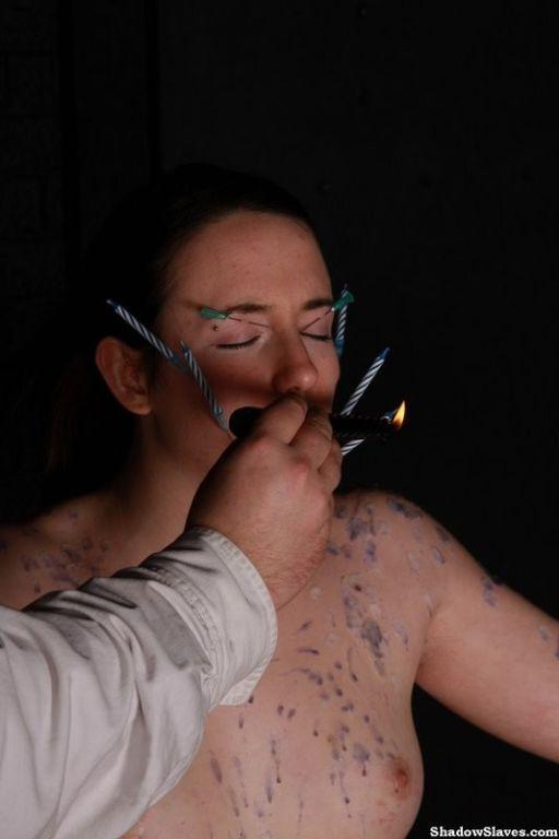 Extreme needle playing on slavegirl face and body