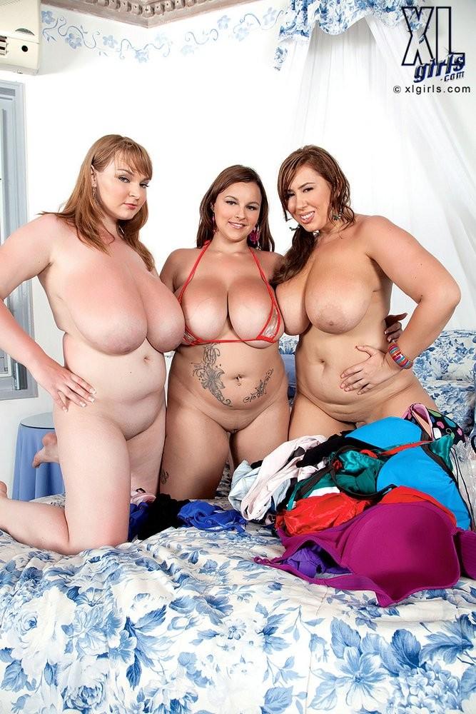 Big Tit Massage Threesome