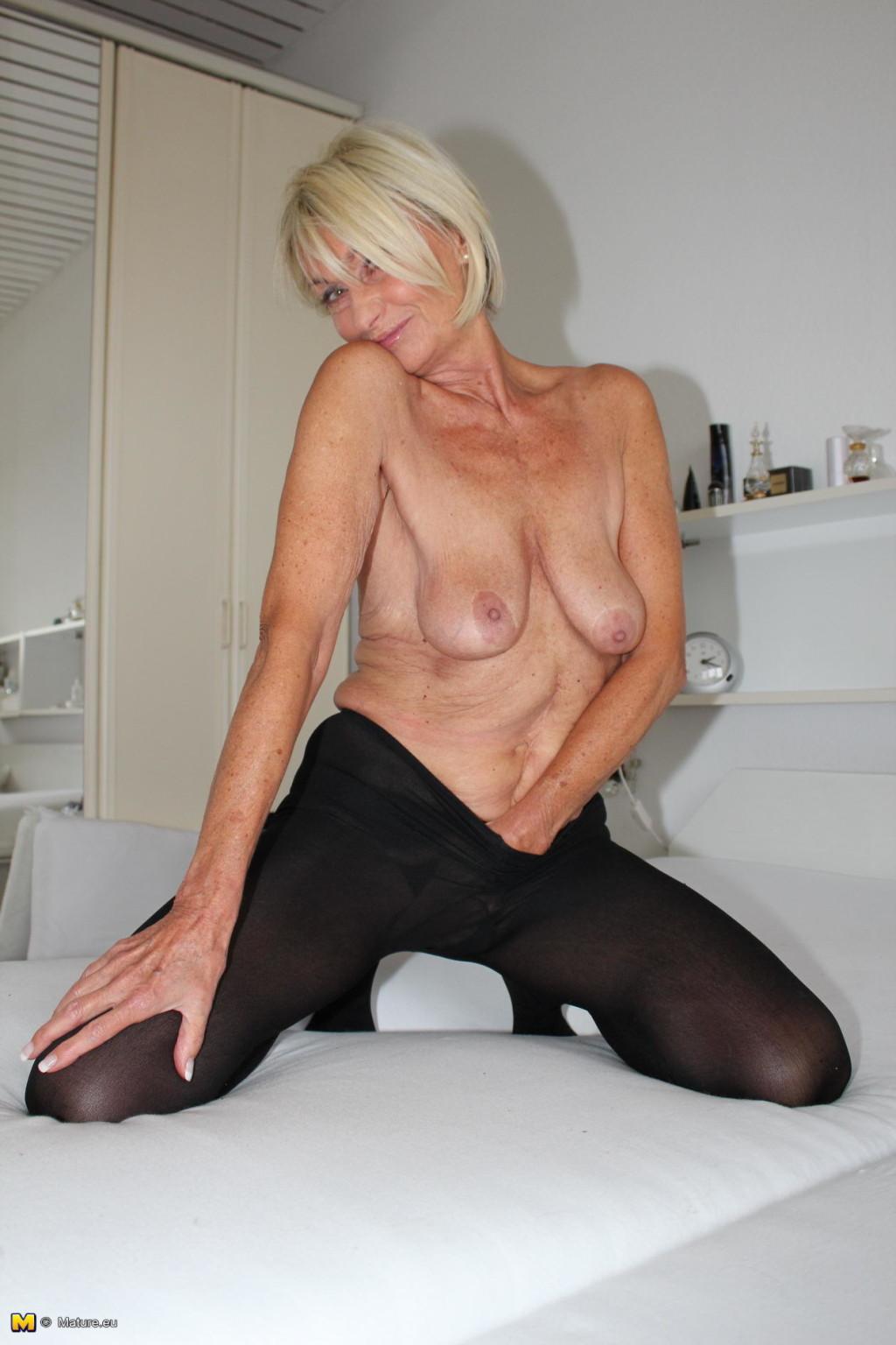 Nude German Milf