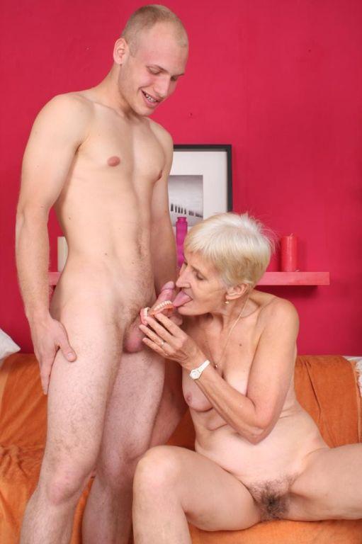 Dirty old granny slut Irene fucking her old wrinkl