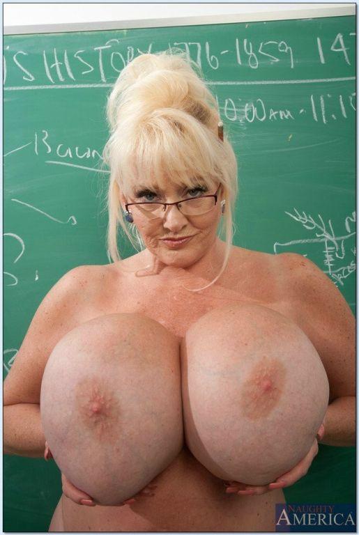 My first sex teacher was busty mature woman