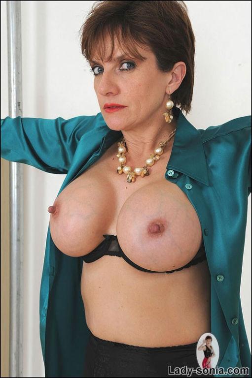Nude images of sex teacher of australia