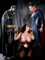 Супервумен гипноз порно, минет и говорит с мужем