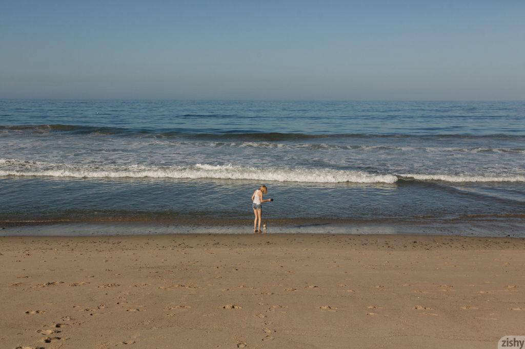 Babe at the beach