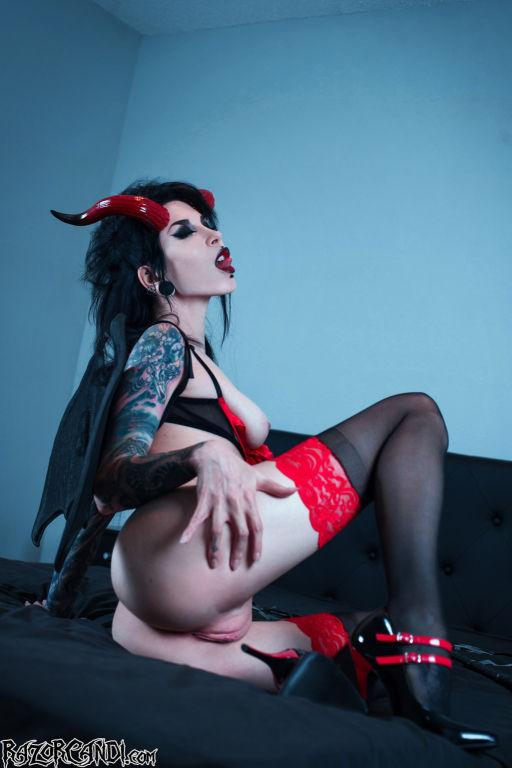 RazorCandi Wicked Gothic Valentine Succubus