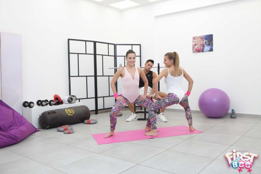 Hot teen yoga girls fucking in FFM threesome