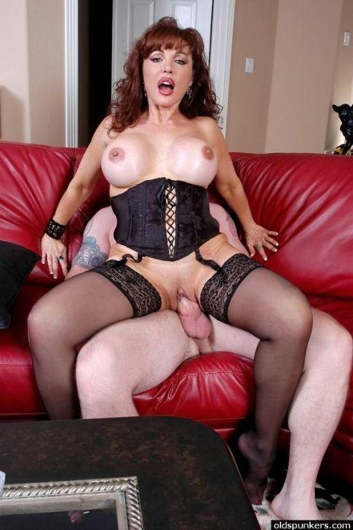 Busty milf plumper Sexy Vanessa sucks and fucks in