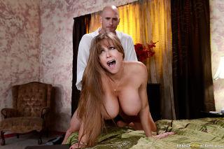 Heavy chested brunette enjoys in getting slammed &