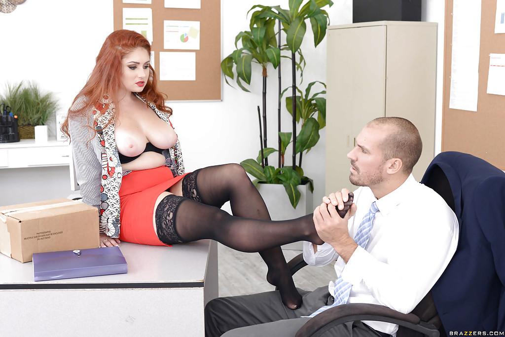 Видео про секс секретарш смотреть