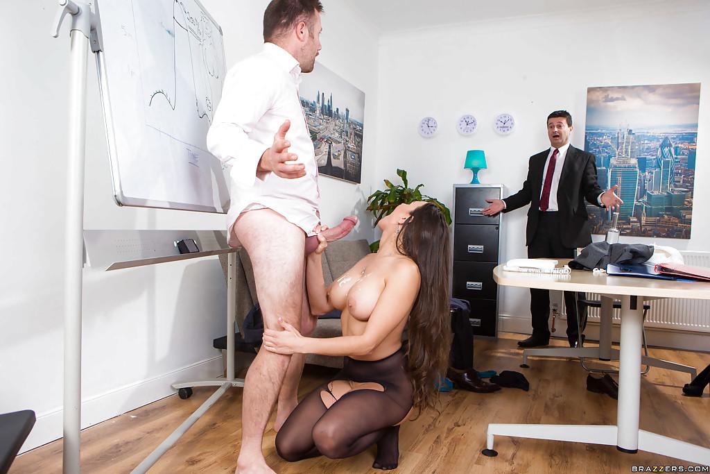 реальный отсос в офисе швы разойдутся