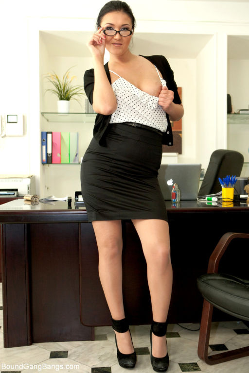 Hot secretary is taken down and bound by her boss