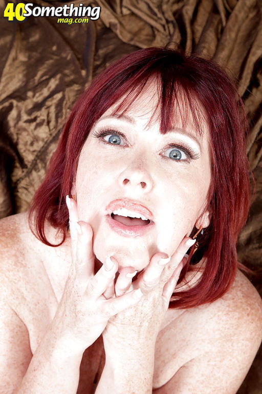 Older redhead Heather Barron cuckolding in DP thre