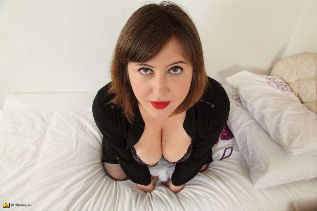Naughty big breasted British housewife Laura fooli