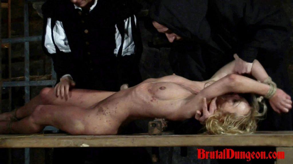 Blonde Sorceress Romina was caught conjuring spiri