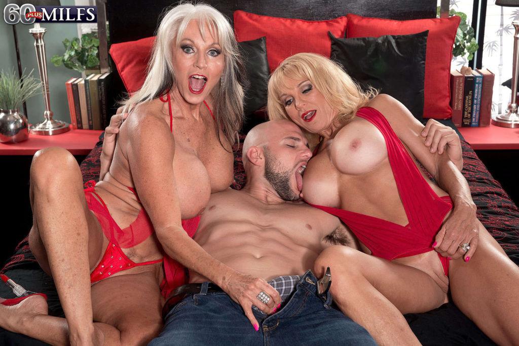 Two hot blonde MILF Cara Reid and Sally DAngelo fu
