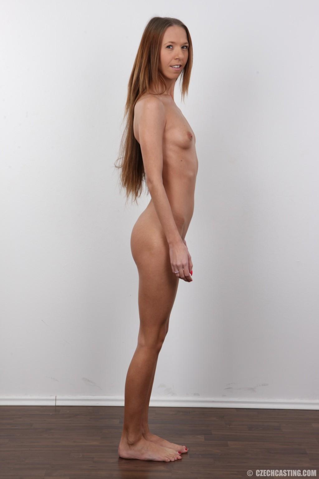 Zdenka порно модель
