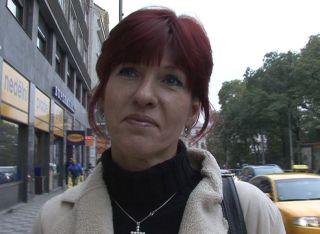 Mature czech women give extra job for money!