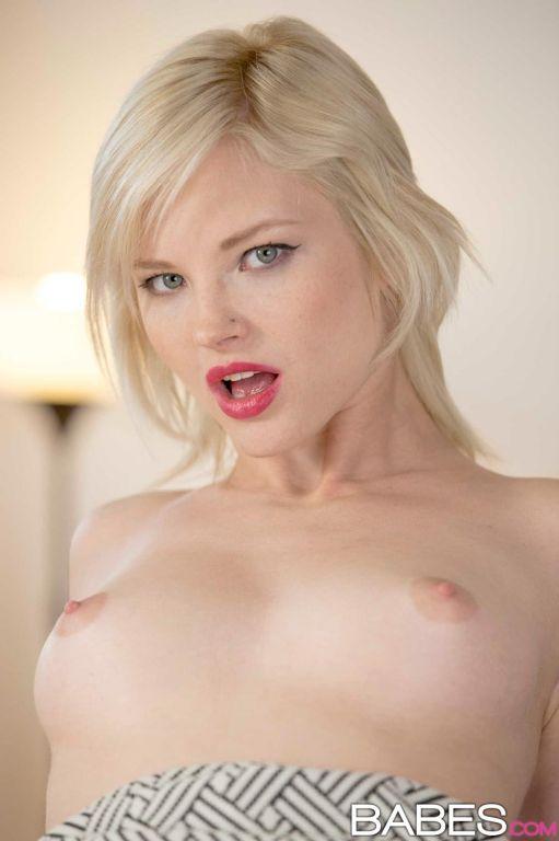 Pale Sexy Blonde Pornstar Pichunter 1