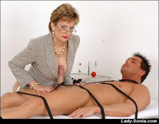 Mature lady on high heels gives good handjob