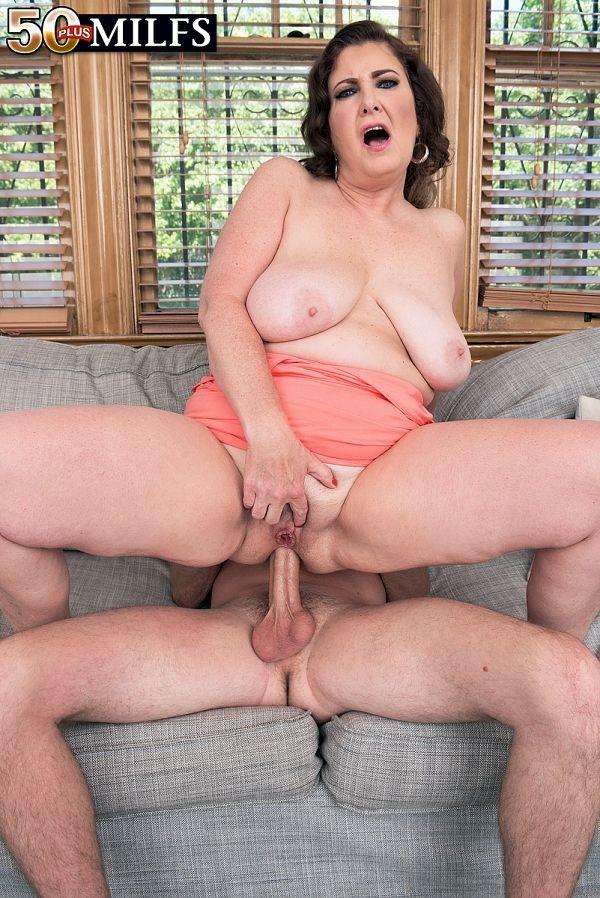 Hot ass milf anal whore
