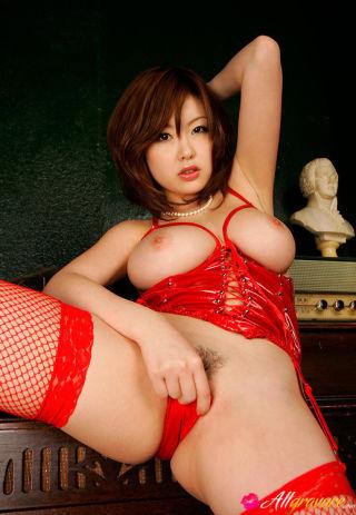 Rio Hamasaki Asian dangerous dame in black outfit