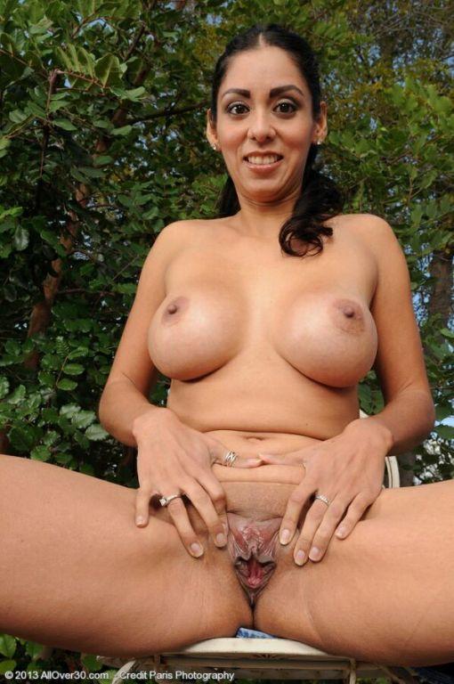 Bianca Mendoza busty latina housewife strips outdo