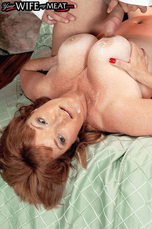 Big tits mature Lynn Belmont extreme sex on cam