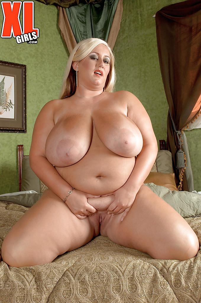 Фото порно актрис с очень длинными волосами