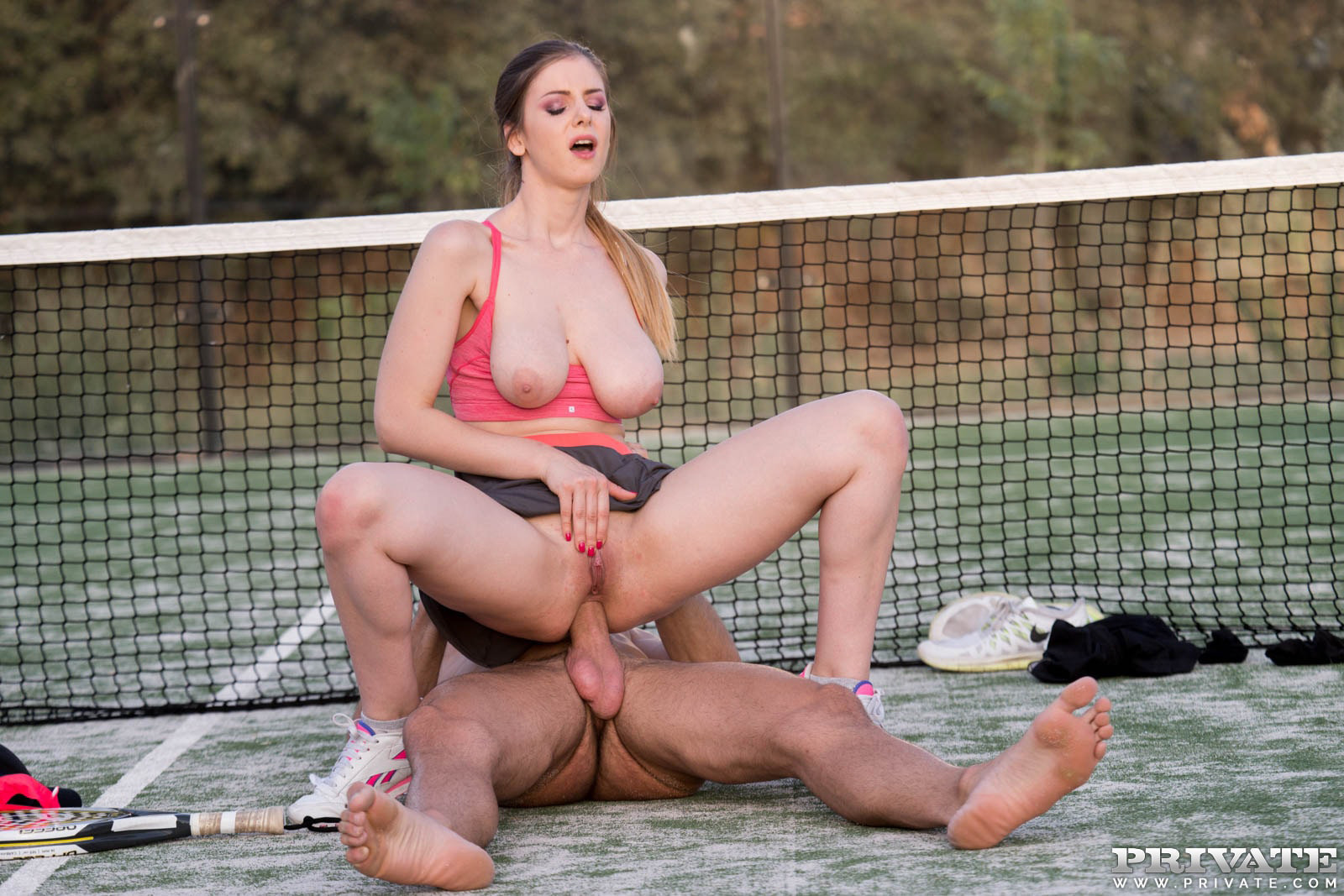 девка порнофильмы про теннис минуту смотрел его
