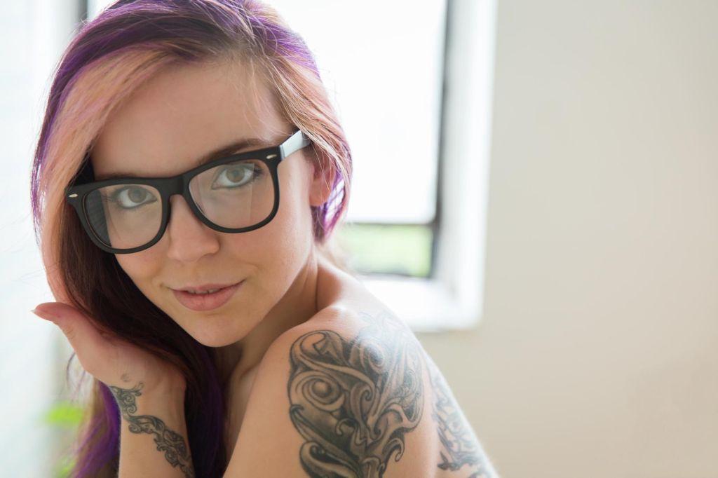 Tattooed steampunk redhead Aerie