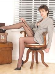 Pantyhose long legs secretary Lady Sonia