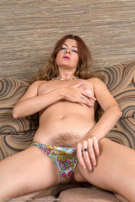 Hairy housewife Helen Volga
