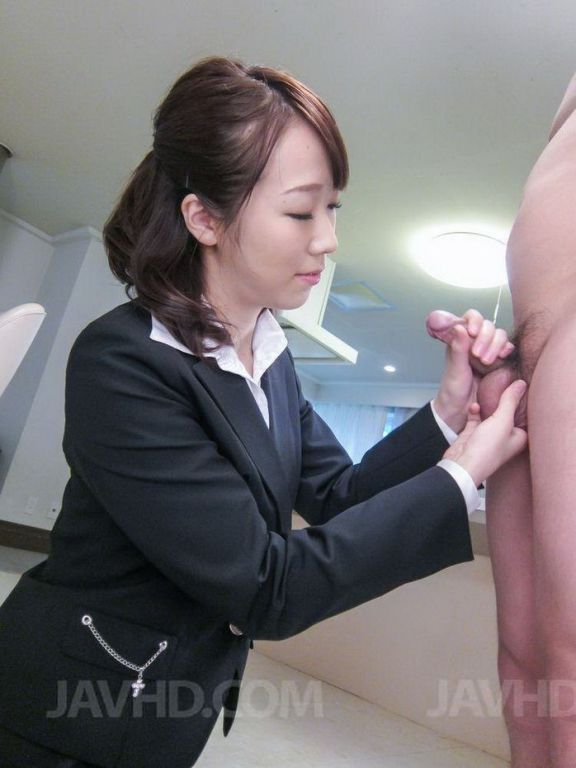 Asian office babe Hitomi Oki in a hardcore at work