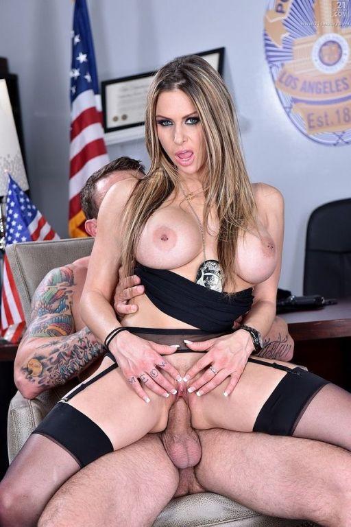 Boss Rachel Roxxx enjoying a strong cock in office