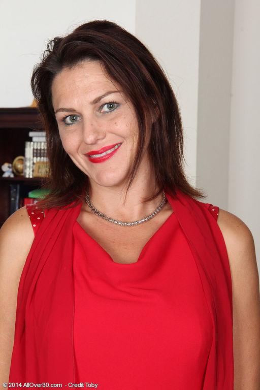41 year old MILF Joanna Jakes slips off her dress
