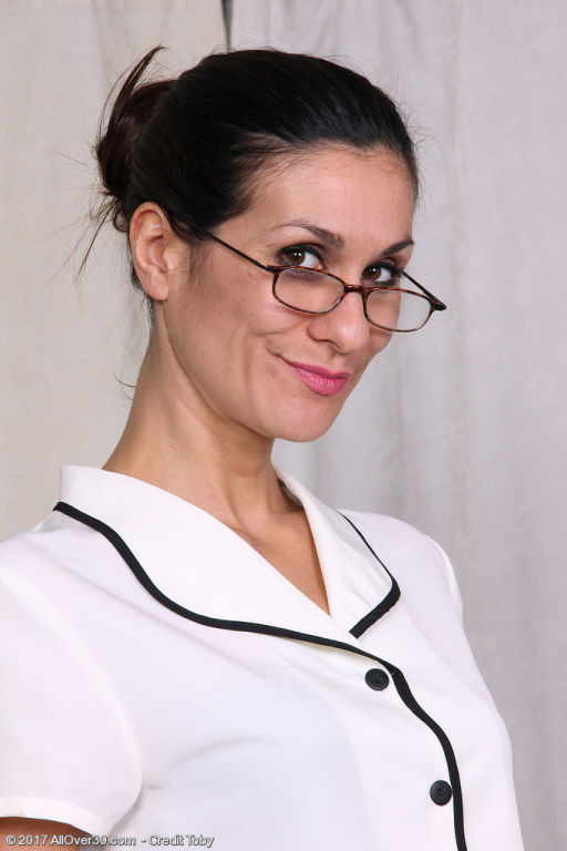Gorgeous secretary Miranda Thompson