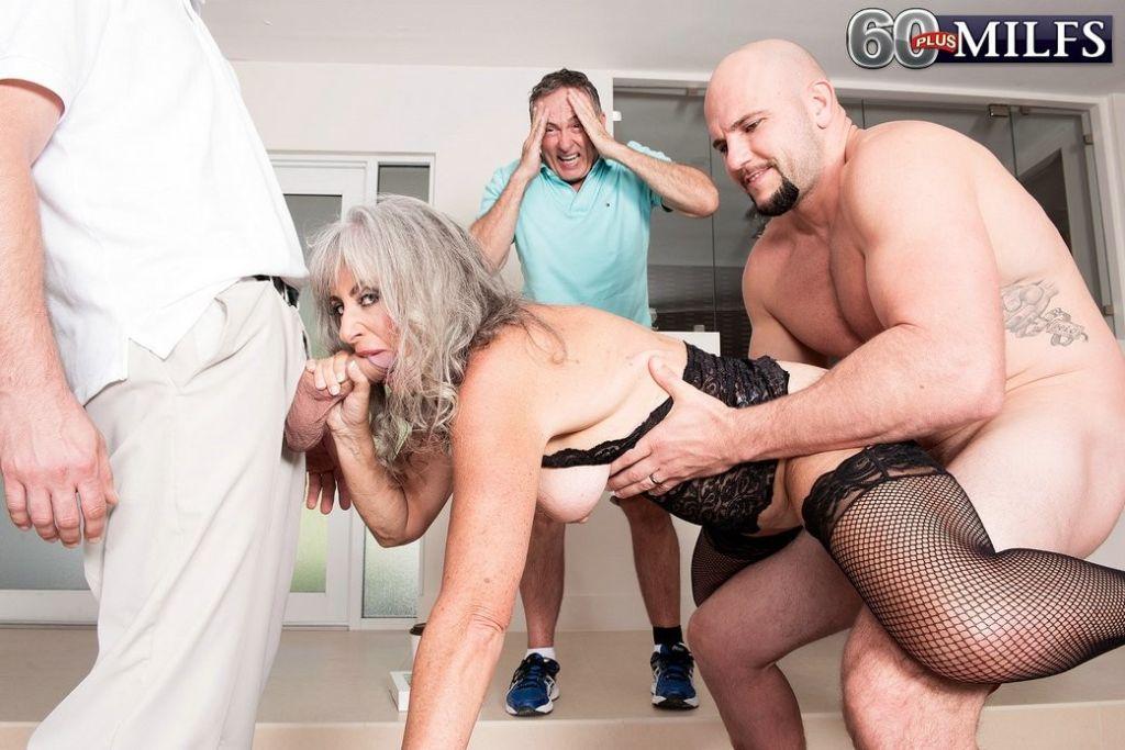 Granny threeway cuckold sex session