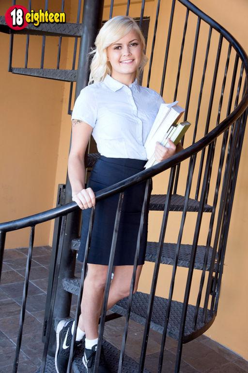 Streaking Schoolgirl