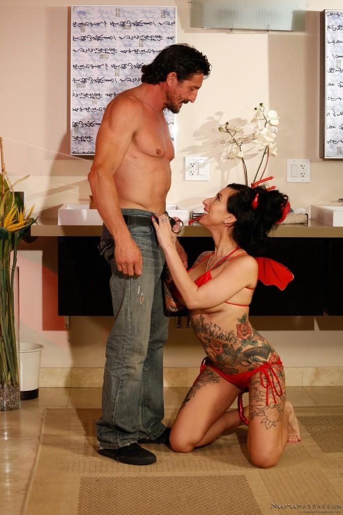 ... naked Lilly Lane handjob latina ...