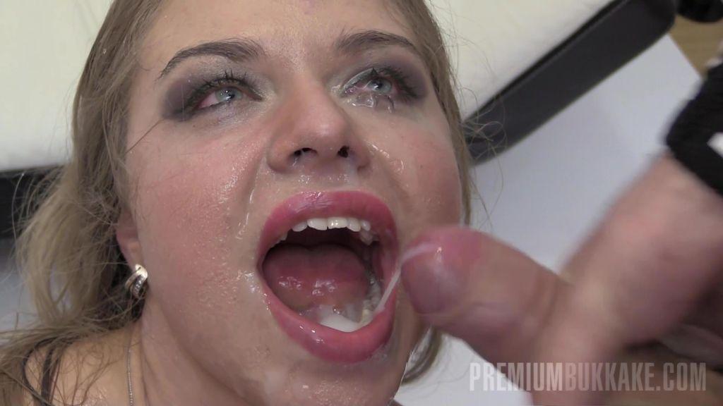 Jane swallows 67 cum loads
