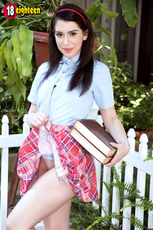 Bodacious schoolgirl Joseline Kelly masturbating