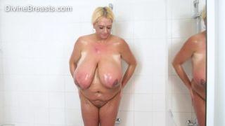 Nude Shower Big Tits