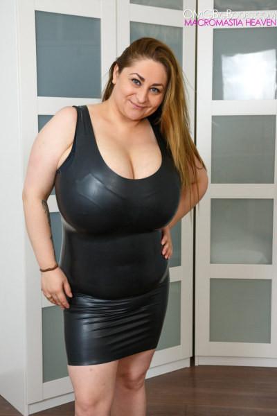Carmella bing porn videos